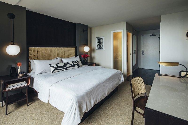 Hotel Renew King Room