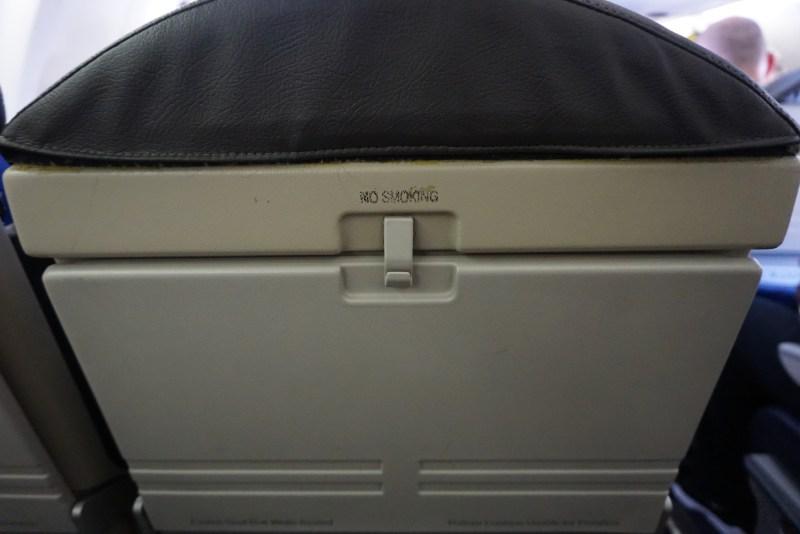 American Airlines CRJ-200