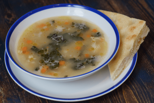Tuscan Chicken Kale with Cannelini Beans Soup