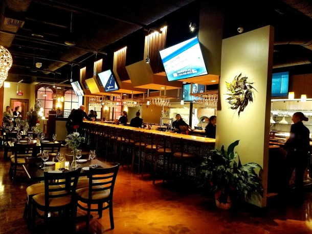 Catelli Duo Moorestown Bar & Dining Area
