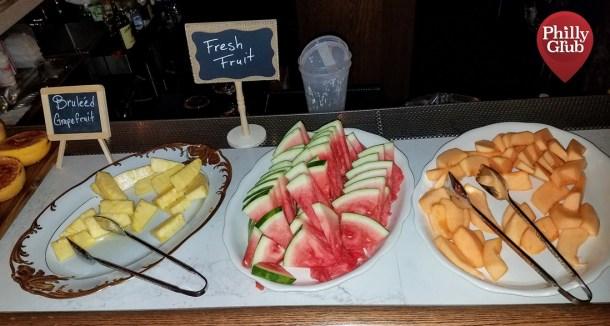 Harp & Crown Brunch Fruit Tray
