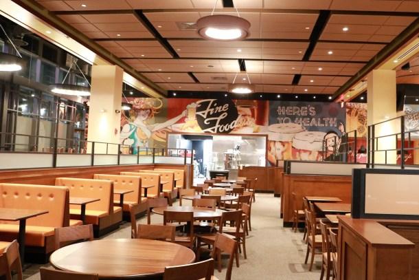 Iron Hill Brewery & Restaurant Center City Interior