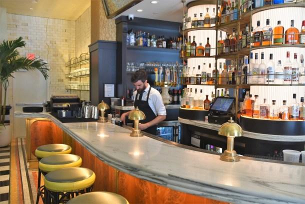 Louie Louie University City Bar