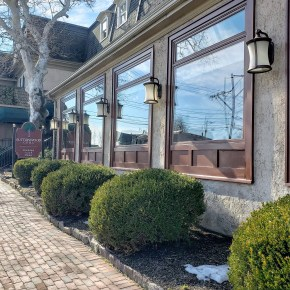 Delicious Day Trip: Golden Plough Inn, Earl's New American, Buttonwood Grill in Bucks County