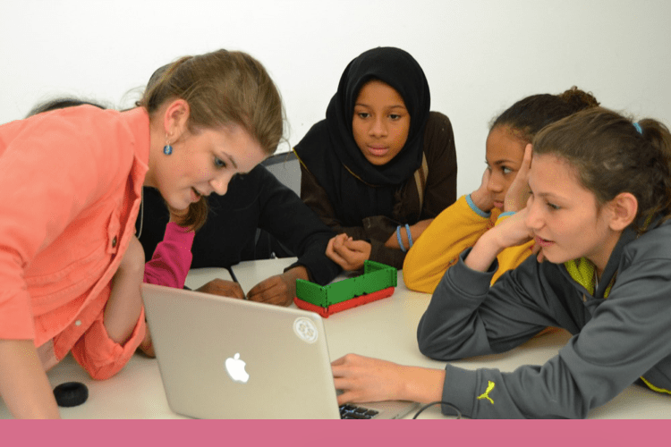 TechGirlz Offers Free Programs to Help Close Tech Gender Gap