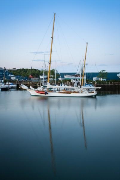 Yacht Haven - AA381