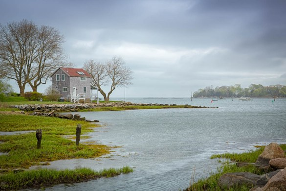 house looking out from stony creek toward the thimble islands