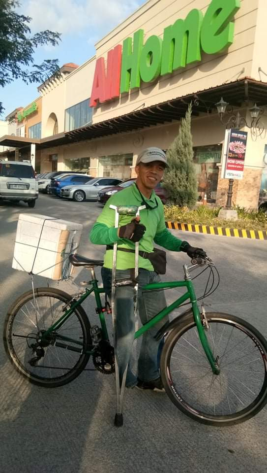 Viral PWD Grab Food