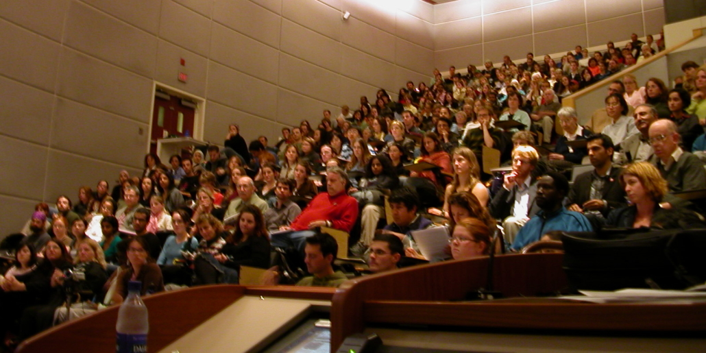 Image of large lecture class