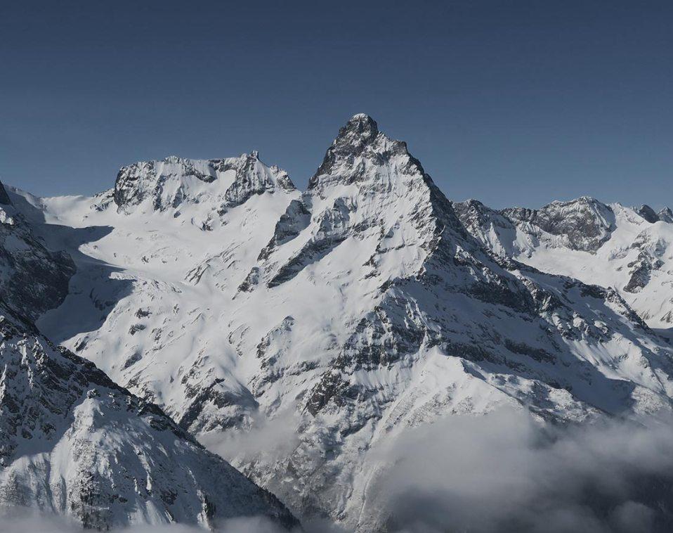 philos-sophia majestic mountains