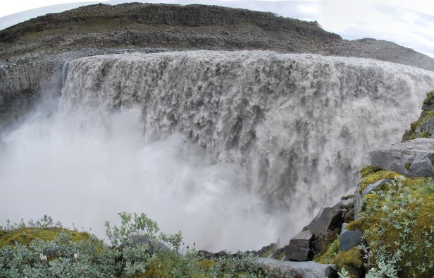 Dettifoss_in_summer_2009