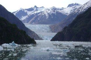 sawyer-glacier-tracy
