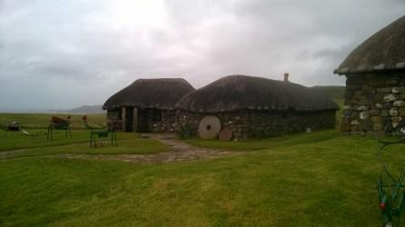 Villaggio (ricostruito) delle antiche lotte tra i clan.