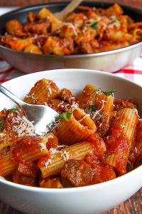 rigatoni with ragù barese Apulian sauce
