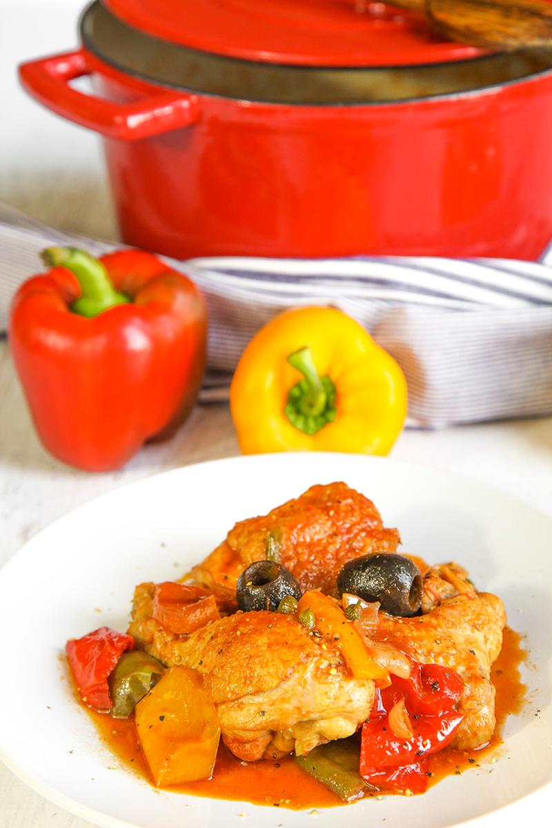 ITALIAN CHICKEN STEW WITH BELL PEPPERS - pollo ai peperoni - philosokitchen.com