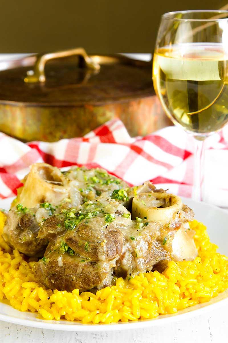 OSSO BUCO MILANESE RECIPE traditional Italian dish
