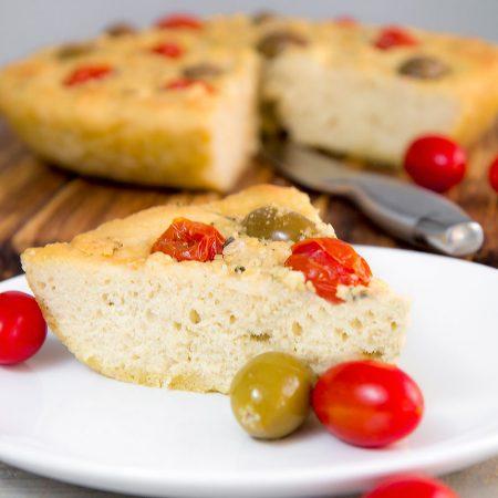 FOCACCIA BREAD LOCATELLI: quick and easy Italian flatbread!