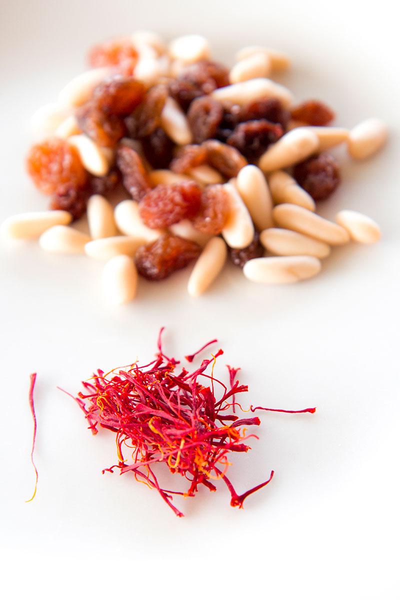 SARDINE PASTA TRADITIONAL SICILIAN RECIPE - pasta con le sarde
