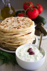 GREEK PITA BREAD RECIPE - easy&tasty!