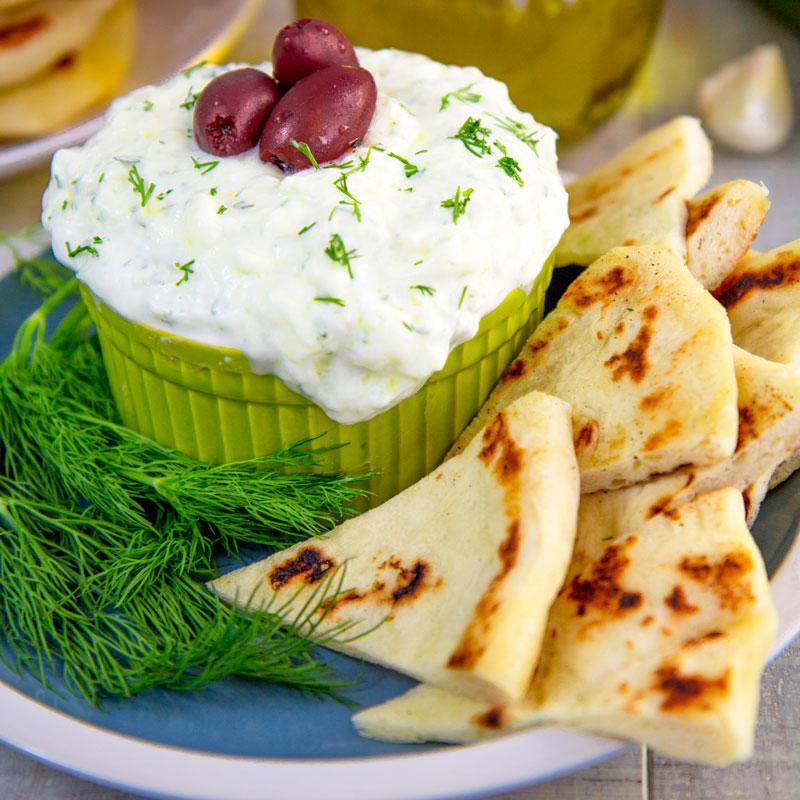 TZATZIKI SAUCE RECIPE with cucumber and Greek yogurt