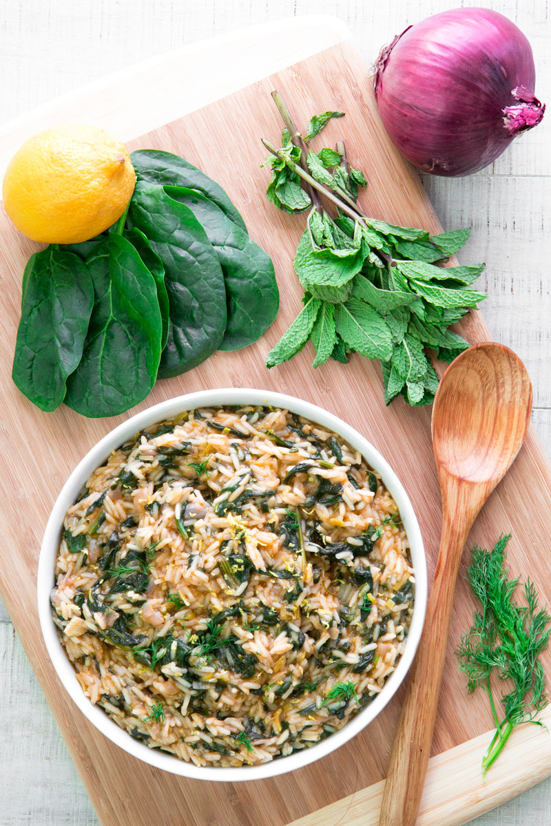 SPANAKORIZO - Traditional Greek spinach rice with lemon and dill