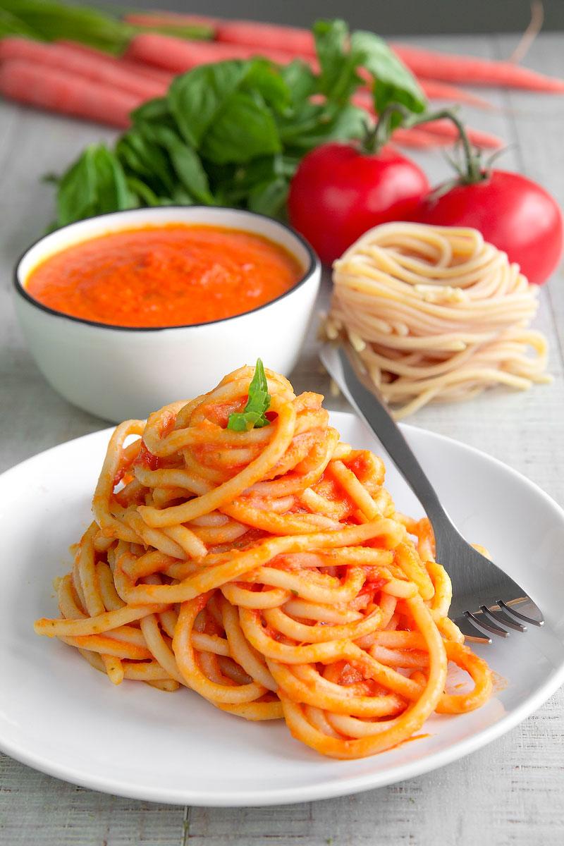 POMAROLA - Tuscan tomatoes sauce for pasta: my family recipe!