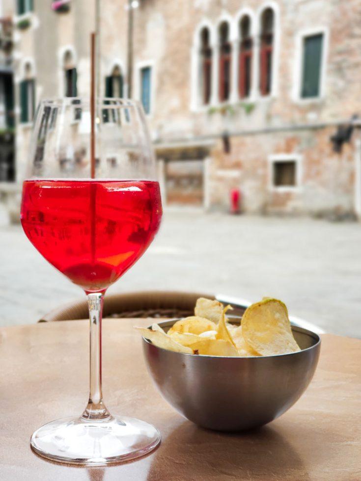 SPRITZ VENEZIANO RECIPES & HISTORY - the ritual of Aperitivo in Venice
