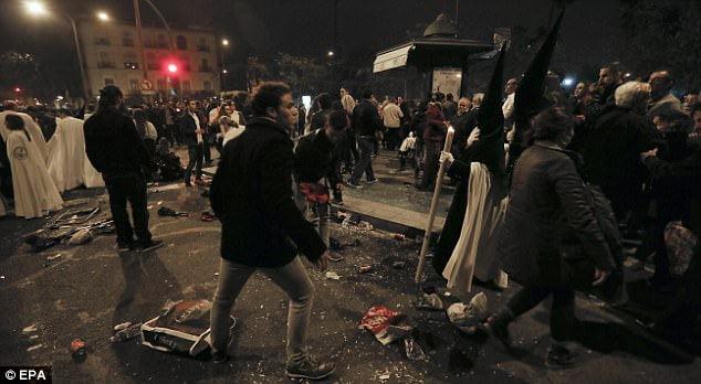 Angst vor Anschlag und Allahu Akbar Rufe: Muslime stören Prozessions - Feierlichkeiten zu Ostern in Spanien