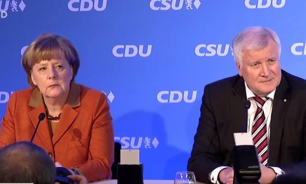"""Setzen, Horsti und gib Ruhe!"" Merkel: Show - Seehofer: Down"