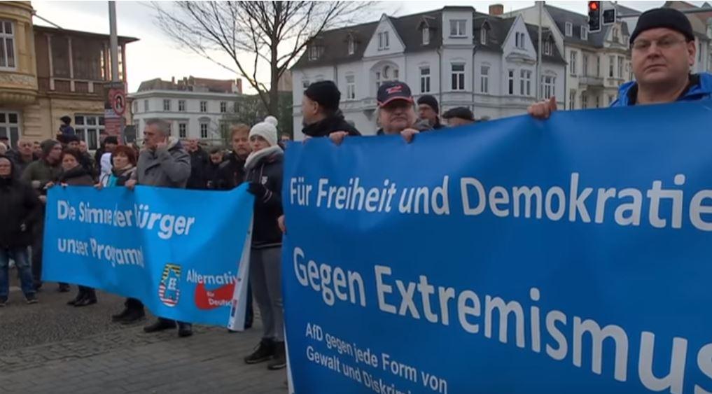 Rechte Gewaltexzesse in Cottbus: Selbst ältere Damen kritisierten Journalisten