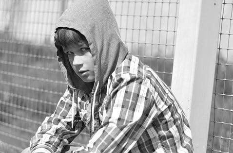 Neues aus Chemnitz: Neunjährige Migrantenkinder bedrohen Mitschüler mit Messern