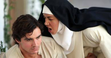 Review: The Little Hours (2017) ★★★½
