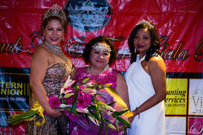 Norma Santos and Mariou Collie of Ilocano Filipino Australian Association of Victoria with Suzette, one of the sponsors.