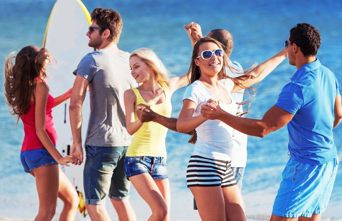 Holding your 21st birthday party with friends at the beach is a good way to enjoy your special day without breaking the bank.