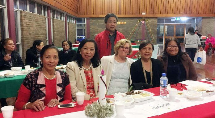 L-R, President Fil-Oz Liverpool Inc., Cora Bojarski, President of APCO Inc., Pet Story, Elizabeth Grillo, Philippine Consulate Representatives, Linda Albay, Rachel Calisin and Standing is Riado Ibanez.