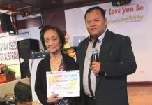 92 year-old Milagros receives Community Award from VAA President Jhun Salazar