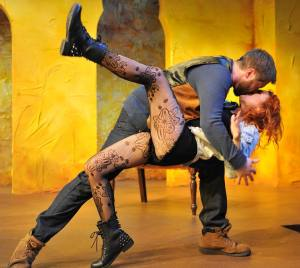 """""""Kiss me, Kate"""": Aaron Fitzpatrick and Jenna Kuerzi in THE TAMING OF THE SHREW."""