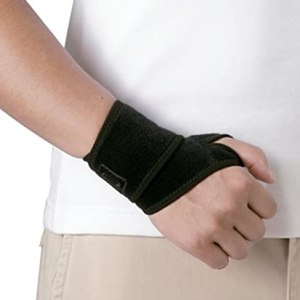 Wrist Wrap with Thumb Hook
