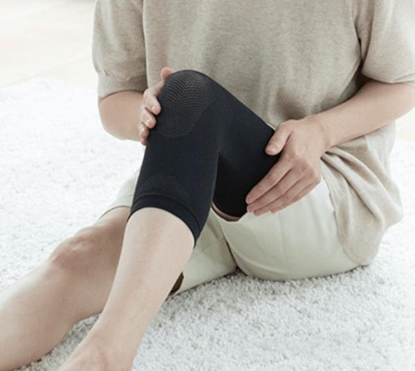 Phiten Titanium Knee Support