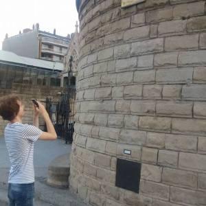 Viktig å ta bilder rett forfra, selv om noe står i veien!