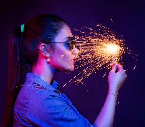 Photoshop Tutorials: Behind the Scenes: Light My Fire