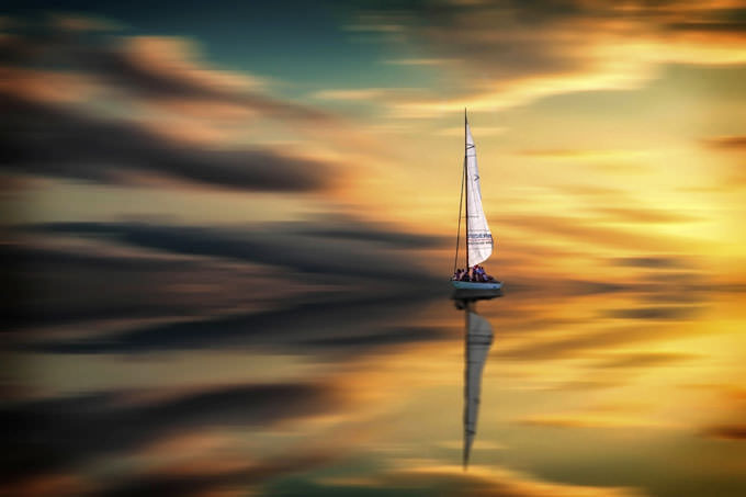Sailing by Laszlo Gal