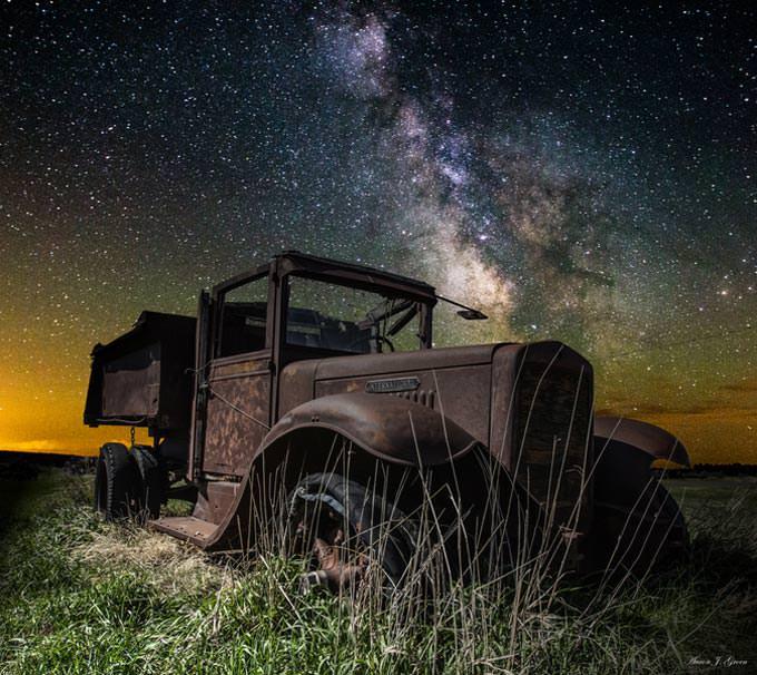 International Milky Way by Aaron J. Groen