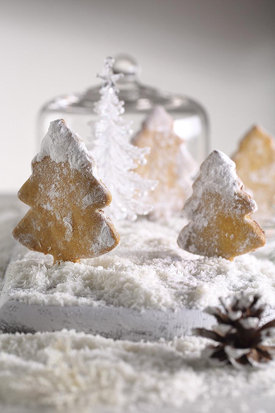 Christmas Baking by Sarah Ibrahim