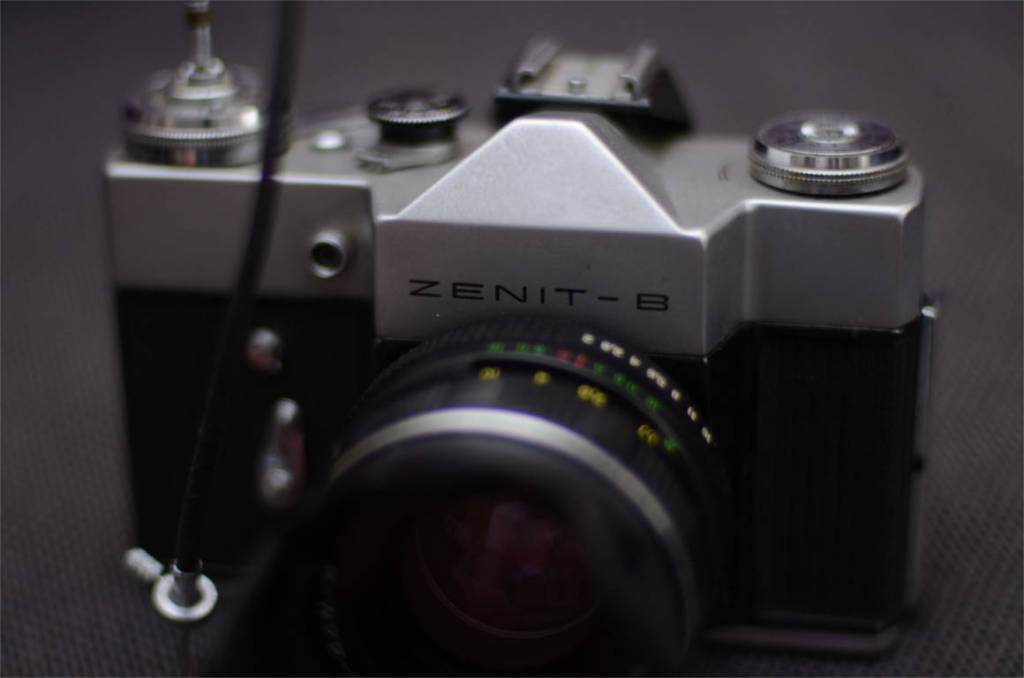 zenit_film_camera_phlogger