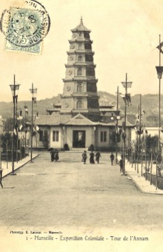 Replica van de Annam-toren 1906 (foto: Public domain)