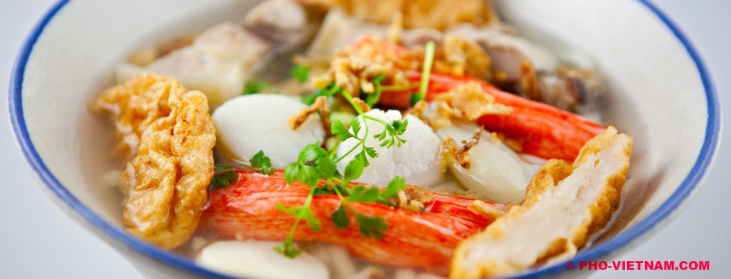 Een kom Banh canh (foto: Pho Vietnam © Kim Le Cao)