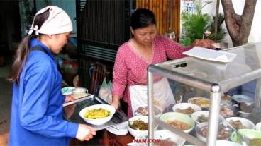 Street food in Saigon (foto: Pho Vietnam © Kim Le Cao)