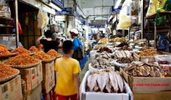 Markt in Hanoi (foto: Pho Vietnam © Kim Le Cao)