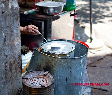 Flensjesmaker (foto: Pho Vietnam © Kim Le Cao)